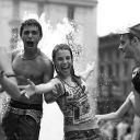 ragazzi che giocano con l'acqua - © Corrado Giulietti